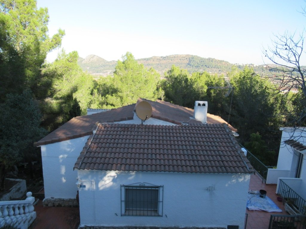 V07 3 Bedroom Villa with mountain views in Monte Pedreguer, Alicante. - Property Photo 8