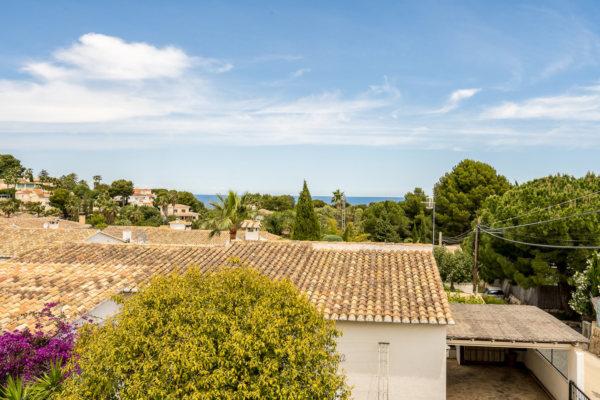 V36 3 Bedroom Villa for sale with sea views in Las Rotas, Denia - Photo
