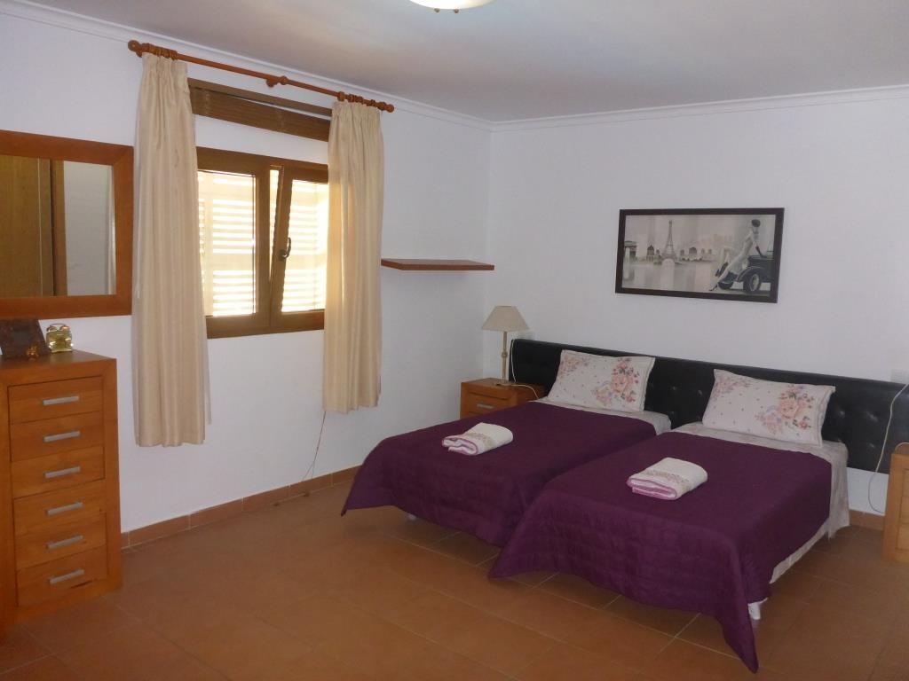 B31 Bungalow triplex mit 4 schlafzimmer zu verkaufen mit Meerblick in Las Rotas, Denia. - Objektbild 2