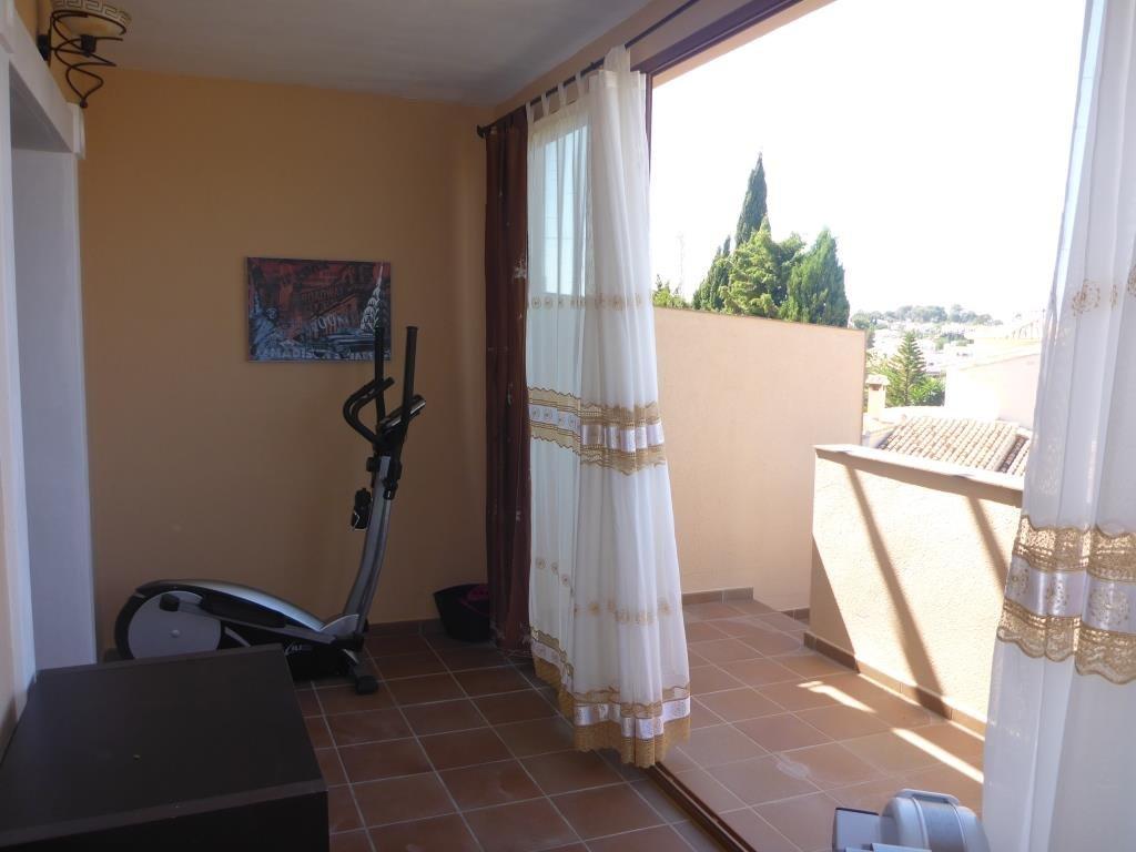 B31 Bungalow triplex mit 4 schlafzimmer zu verkaufen mit Meerblick in Las Rotas, Denia. - Objektbild 4