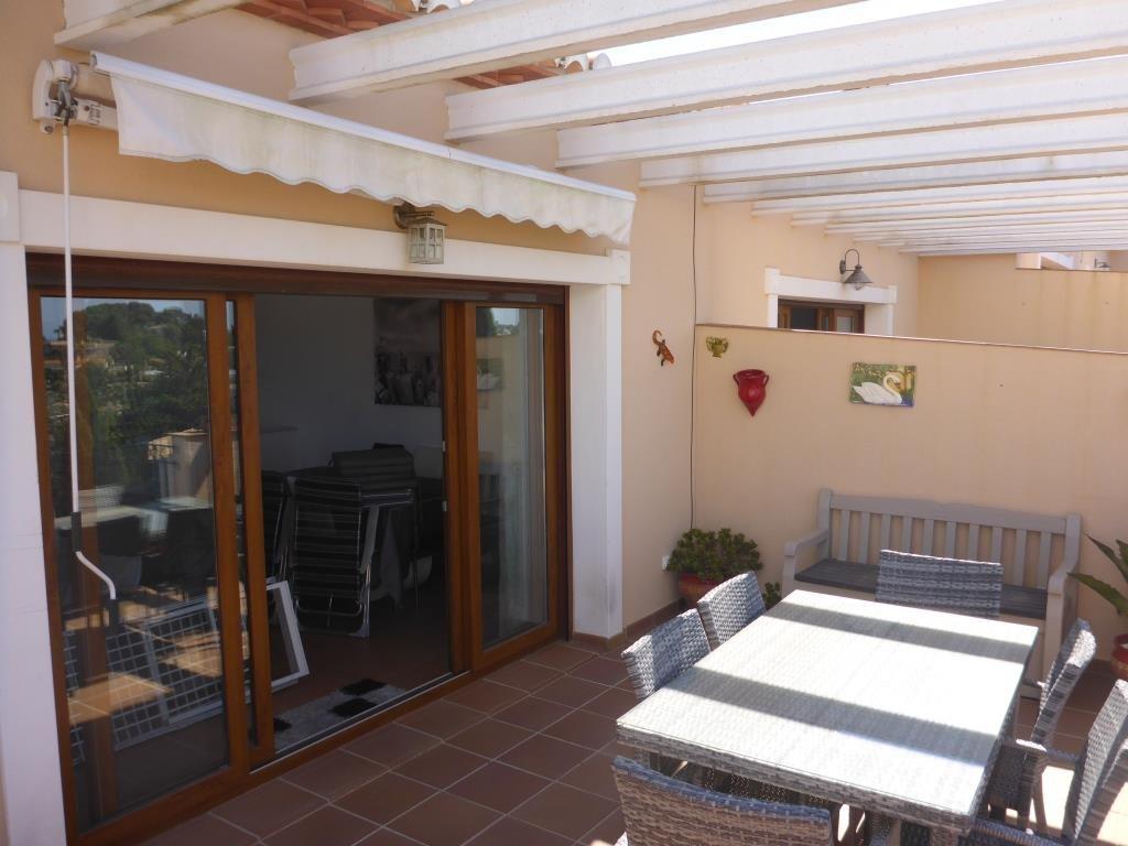 B31 Bungalow triplex mit 4 schlafzimmer zu verkaufen mit Meerblick in Las Rotas, Denia. - Objektbild 11