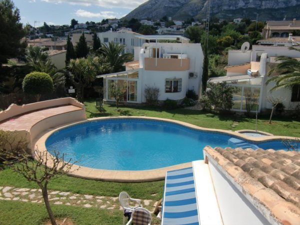 V02 3 Bedroom Villa for sale in Las Rotas, Denia. - Photo