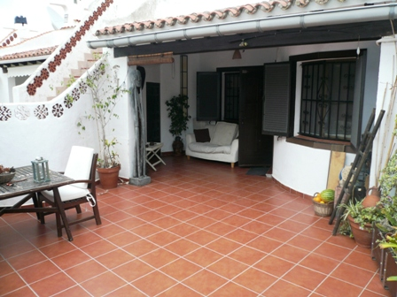B32 First line 2 Bedroom Bungalow for sale in Els Poblets. - Photo