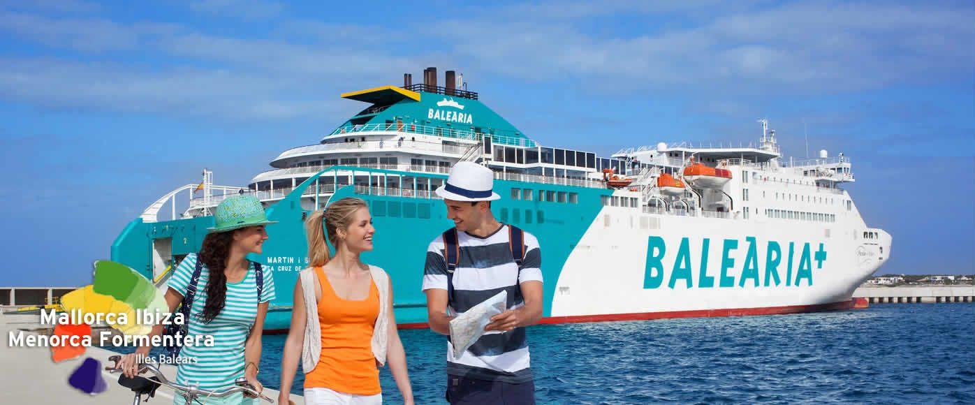 Ibiza disfrute de playas calas y tiendas en la isla de for Oficina balearia ibiza