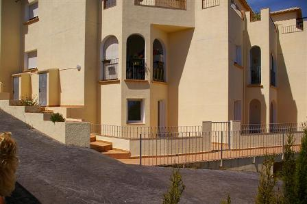 A89 3 Bedroom Ground floor Apartment for sale with sea views in Denia, Alicante. - Photo