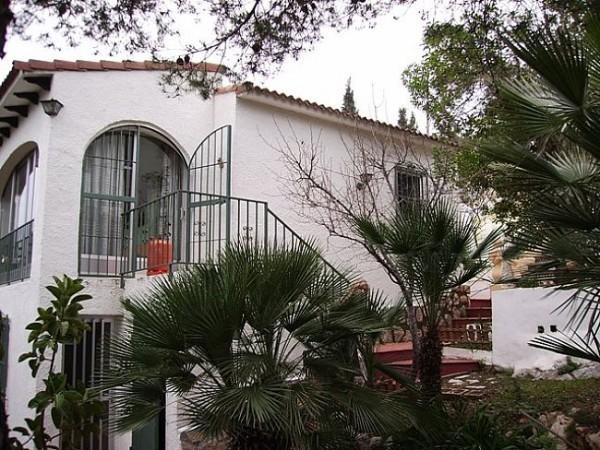 V07 Chalet En Venta en Pedreguer con 4 Dormitorios - Foto