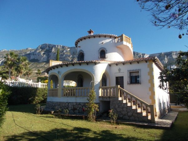 VP57 4 Bedroom Villa for sale with sea and mountain views on the Montgó, Denia. - Photo