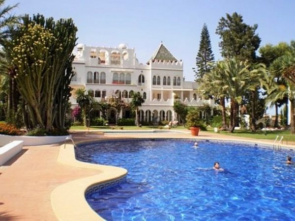 A125 3 Bedroom Penthouse for sale, ( now 2 large bedrooms) very close to Denia. - Photo