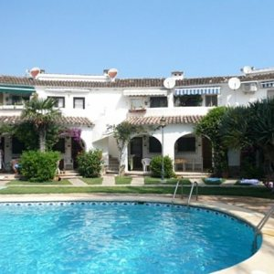 A136 2 Bedroom Ground Floor Apartment near Las Marinas beach, Denia, Spain.