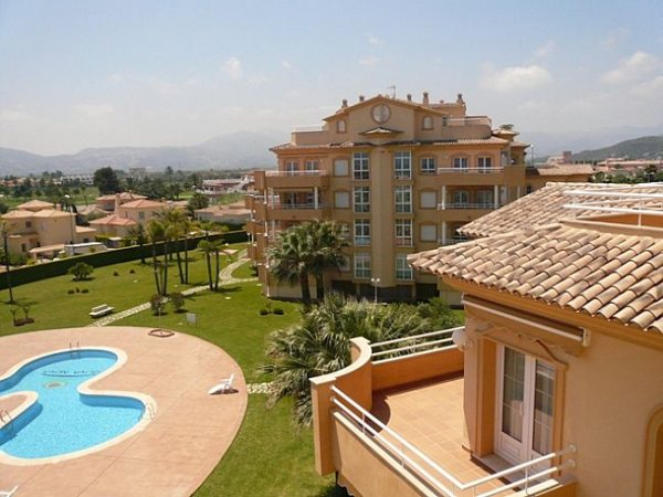 A167 Penthouse For Sale in Oliva with 3 Bedrooms - Photo