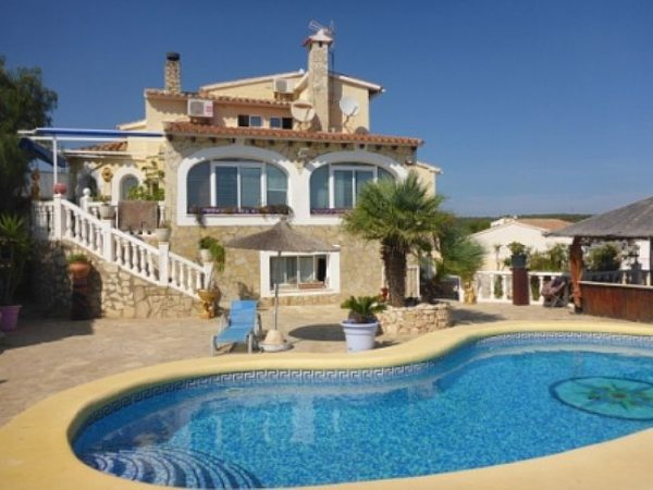 VP25 Villa For Sale in Benitachell with 4 Bedrooms sea views - Photo
