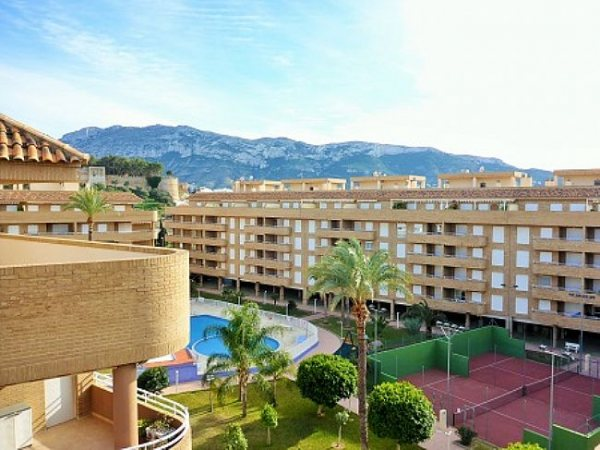 A15 Penthouse For Sale in Denia with 2 Bedrooms - Photo