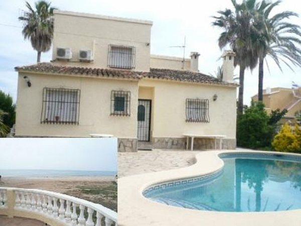 VP78 Villa For Sale on the Beach in Els Poblets with 3 Bedrooms - Photo
