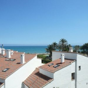 A93 4 Bedroom Apartment for sale on first line beach with sea views in Las Marinas, Denia.