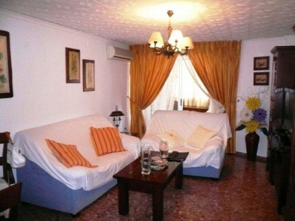 P6 4 Bedroom Flat for sale near the center of Denia, Alicante. - Photo