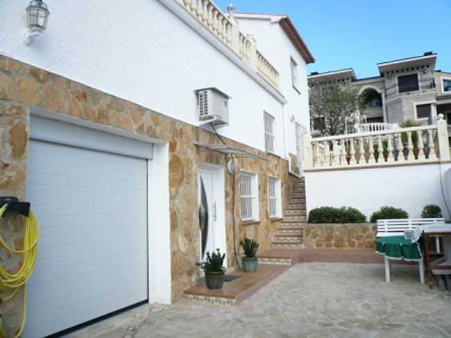 VP45 10 Bedroom Luxury Villa for sale with panoramic sea views in La Pedrera, Denia. - Property Photo 12