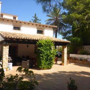 VP53 Villa For Sale in La Jara with 4 Bedrooms