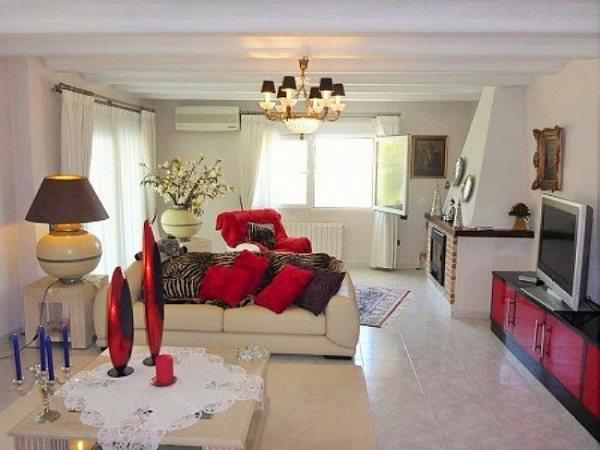 VP44 Chalet En Venta en Denia con 4 Dormitorios - Foto