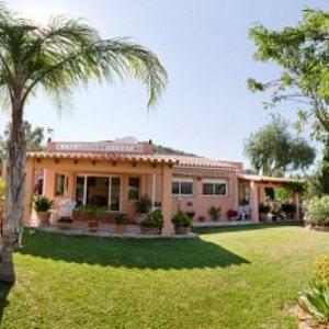 VP90 Villa For Sale in La Sella Golf with 5 Bedrooms