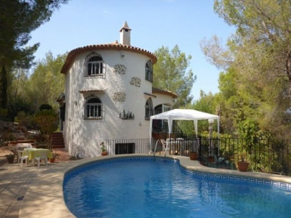 VP94 Villa For Sale in La Sella Golf with 5 Bedrooms - Photo