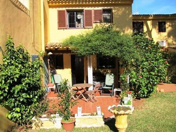B12 Bungalow For Sale in Denia with 3 Bedrooms - Photo