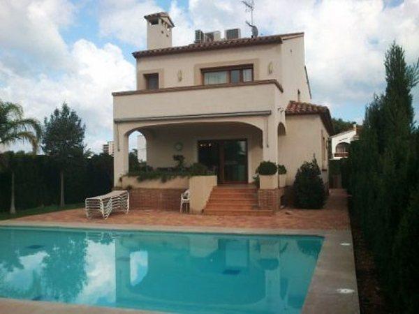 VP21 Luxury Villa For Sale in Denia with 4 Bedrooms, Las Rotas. - Photo
