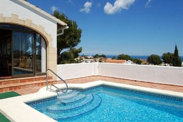 VP23 Villa For Sale in Denia with 4 Bedrooms - Photo