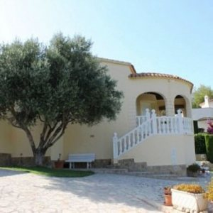 VP69 Villa For Sale in Denia with 2 Bedrooms