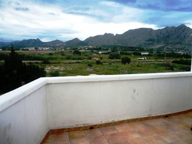 P2 Penthouse For Sale in Ondara with 4 Bedrooms - Property Photo 10