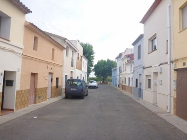 TH1 Townhouse For Sale in Ondara with 2 Bedrooms - Photo