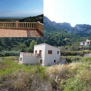 V09 Villa For Sale in Rafol De Almunia with 2 Bedrooms