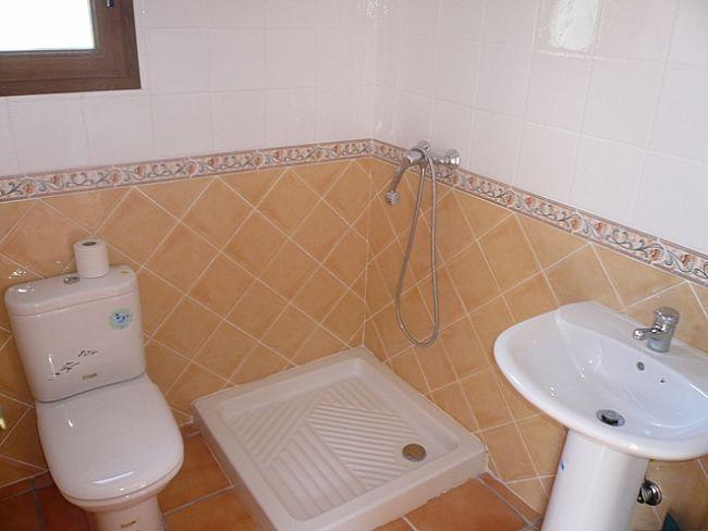 V09 Villa For Sale in Rafol De Almunia with 2 Bedrooms - Property Photo 9