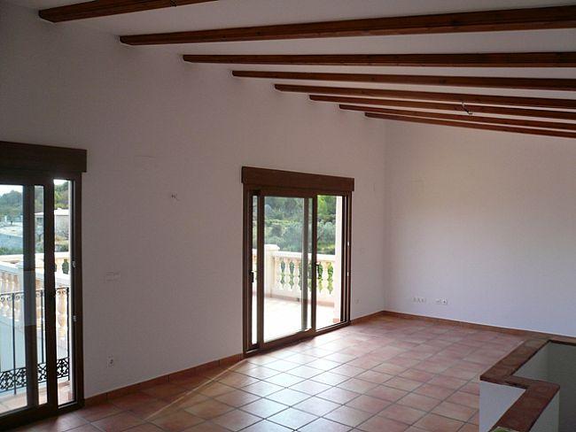 V09 Villa For Sale in Rafol De Almunia with 2 Bedrooms - Property Photo 5