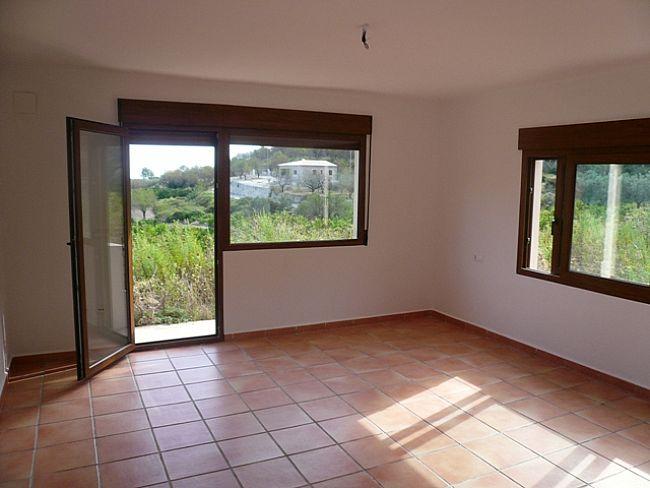V09 Villa For Sale in Rafol De Almunia with 2 Bedrooms - Property Photo 6