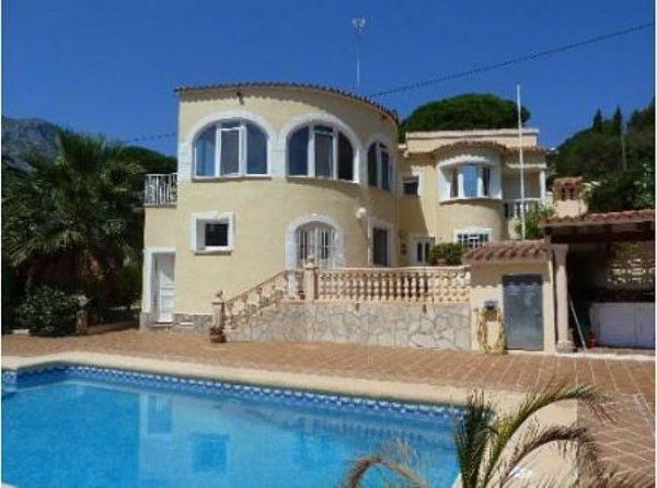 VP14 Villa For Sale in Denia with 4 Bedrooms - Photo