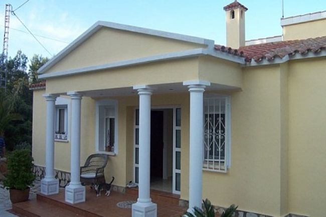 VP14 Villa For Sale in Denia with 4 Bedrooms - Property Photo 4