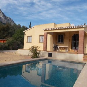 VP79 3 Bedroom Villa for sale on the Montgó with mountain views. Denia.