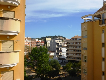 P07 3 Bedroom Flat for sale in Denia with sea views. - Photo