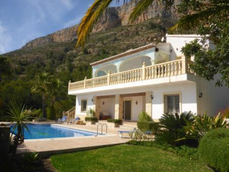 Villa in Jávea Montgo Mountain