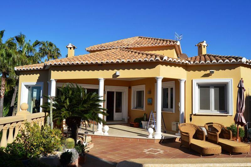 VP08 4 Bedroom Luxury Villa for sale in Las Rotas, Denia. - Property Photo 2