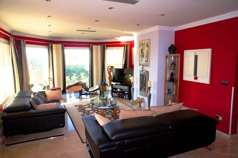 VP08 4 Bedroom Luxury Villa for sale in Las Rotas, Denia. - Property Photo 4