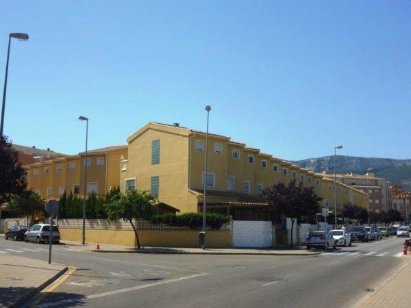 B07 4 Bedroom Triplex Bungalow for sale in Denia, Alicante, Spain. - Photo
