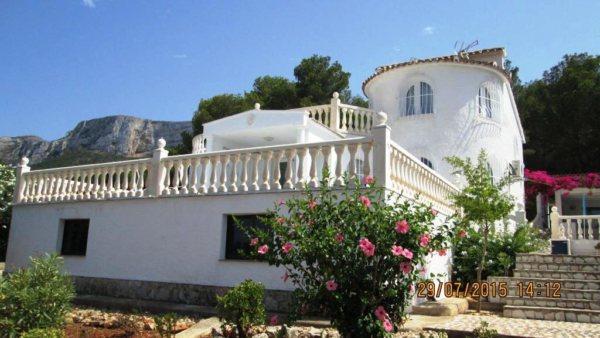 V08 Villa mit 3 Schlafzimmern zu verkaufen mit Meerblick auf der Montgó, Denia. - Foto