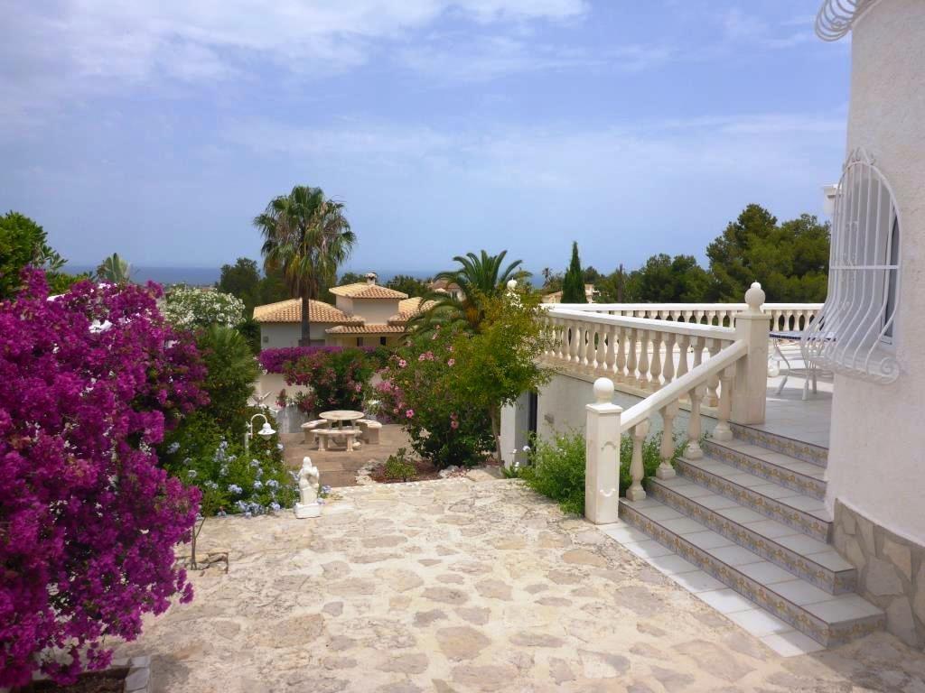 V08 villa avec 3 chambres vendre et vue sur la mer sur for Chambre avec vue sur la guerre