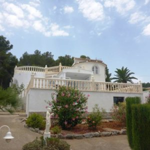 V08 3 Bedroom Villa for sale with partial sea views on the Montgó, Denia.