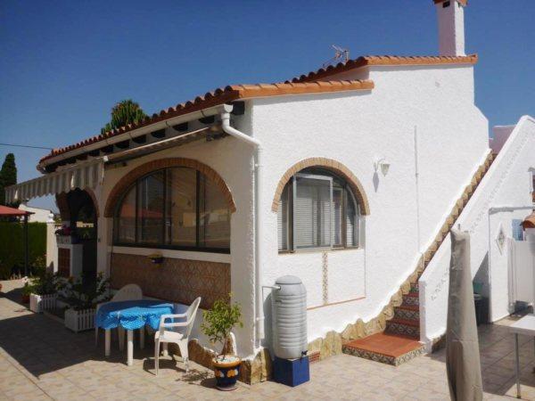 V21 Chalet de 2 dormitorios en venta en Els Poblets, muy cerca de la playa. - Foto