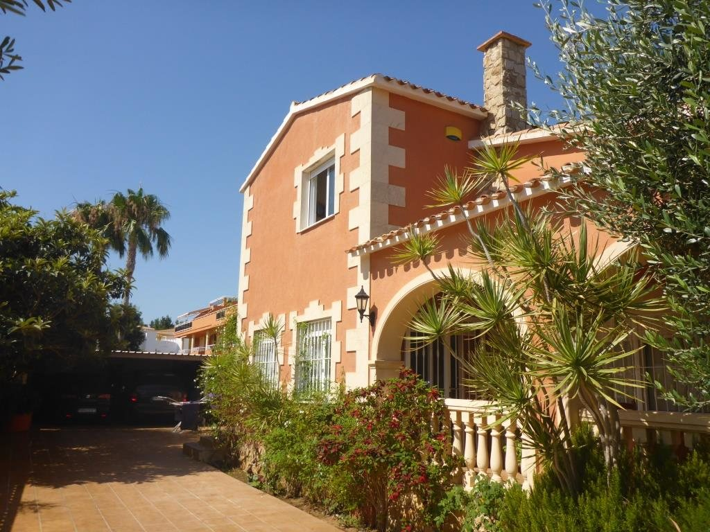 VP48 Luxury Villa for sale with 5 bedrooms near to the beach in Denia, Alicante, Spain - Property Photo 3