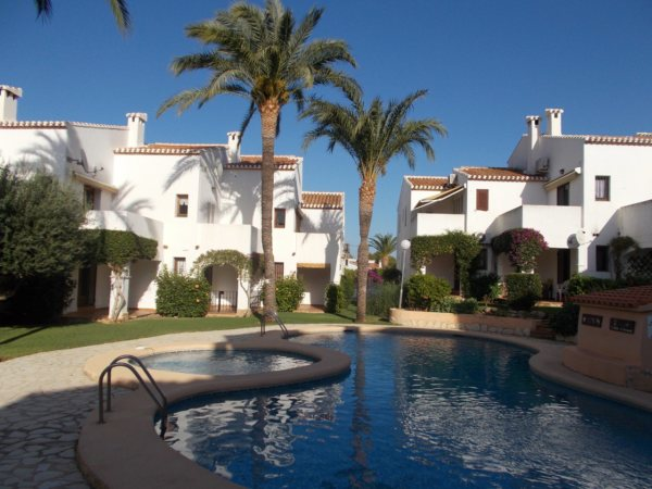 A90  1 Bedroom Apartment with sea views for sale very close to Denia - Photo