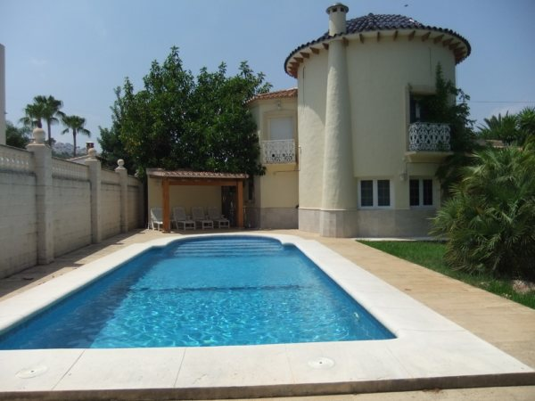 VP50 Villa on the Montgó in Denia with 4 Bedrooms - Photo