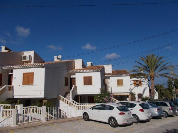 A60 Apartamento de 2 dormitorios con vistas al mar - Foto